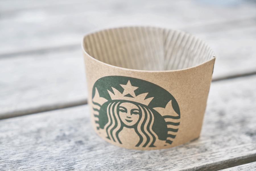 Minum Starbucks